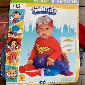 DC Comics Wonder Woman 4-piece costume 0-6 Months